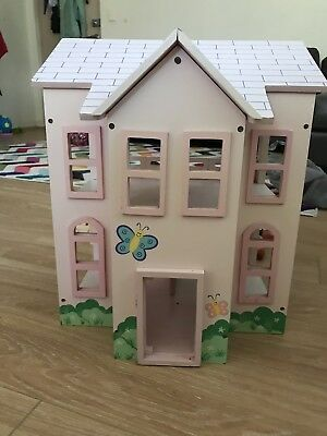 Wooden Handcrafted Dollhouse  with Furniture and Figurines