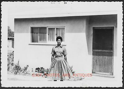 Beautiful Black Woman Poses 1959 Vtg Found Candid Photo 1950S African American