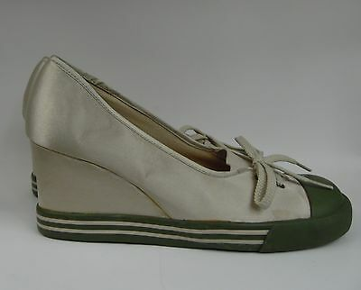 Chinese Laundry Wash Olive Ivory Green Sneaker Wedge Slip On Size 9M  S1-56