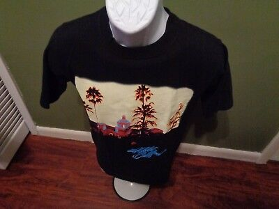 "The Eagles ""Long Road out of Eden"" 2009 Tour T-shirt, Size SMALL"