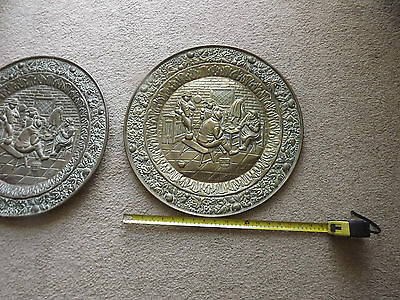Antique Brass Pair Chargers Plates English Tavern Decoration Wall Hanging 18In