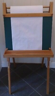 L1 Childrens Fixed Double Sided Whiteboard/Chalkboard by Cappelletto