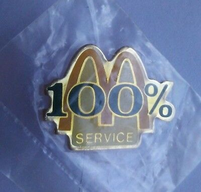 Old McDonald's Restaurant Golden Arches 100% Service Employee Crew Lapel Pin