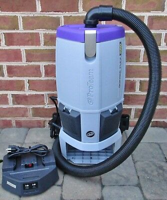 ProTeam Gofree Flex Pro Battery/Cordless Commercial Backpack Vacuum w/ Charger