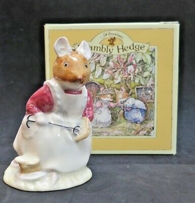 Clover Brambly Hedge FREE SHIP Royal Doulton Figurine Mouse Boxed DBH16