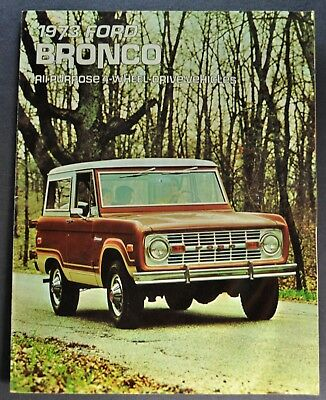 1973 Full Size Ford Bronco Hard Top Christmas Ornament 1//32 Emblem SUV 4x4 Truck