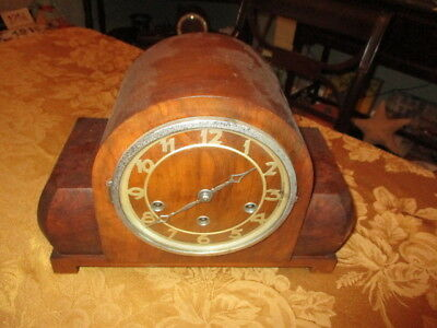 VINTAGE TRULY ART DECO FOREIGN German 8-Day Oak Mantel Clock W/Wesminster Chimes