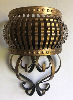 Vintage Gold Tone Wrought Iron Home Garden Basket Wall Pocket Planter