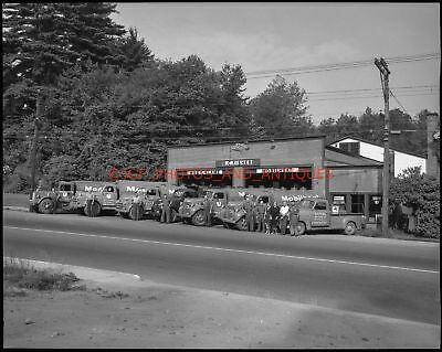 1950S R.c. Fisher Oil Mobilheat Trucks Vtg 4X5 Photo Negative Vermont Mobil Gas