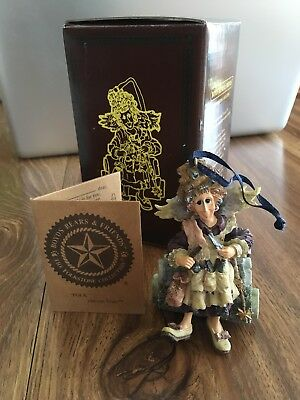 """Boyds Folkstone Collection Ornament """"Madge..Magic Scissors"""" #25658- Hairdresser"""