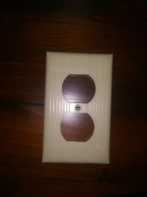 Vintage  Eagle Tuxedo Bakelite Ivory Ribbed Outlet Cover Plate Receptacle