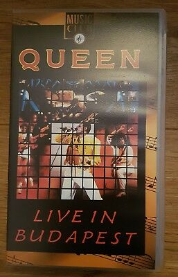 Queen Live in Budapest VHS PAL Video Tape