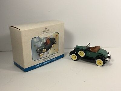 Hallmark Ornament 1998 1931 Ford Model A Roadster Die-Cast Metal First in Series