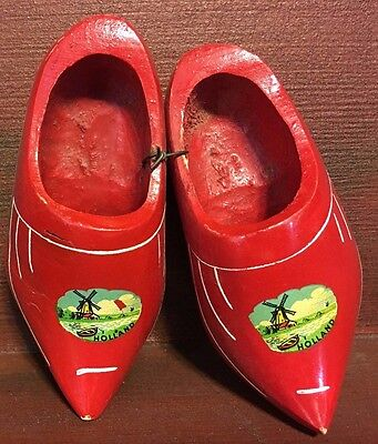 """1950s Red Wooden Holland Shoes Souvenir Windmill Miniature 5"""" Handmade Joined"""