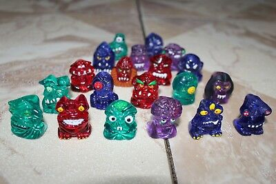 Hielocos Alien Monsters Set of 20 with 20 card as a gift Mexico Coca Cola 90´s