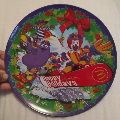 McDonalds Plate Ronald, 2004 Happy Holidays - Collectible - SNOWBOARD