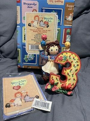 """ENESCO Raggedy Ann & Andy figurine- Number 3 """"THREE IS A HAPPY TIME FOR ME"""""""