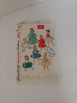 """Vintage 1950's Simplicity Pattern #1779- For 22""""  Doll clothes Sweet Sue & Binny"""