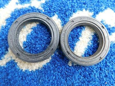 Ford Fiesta Mk1  Rear Brake Drum Oil Seals Nos Genuine Ford X2