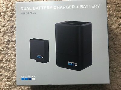 New GoPro Dual Battery Charger with Battery for HERO5 & HERO6 Black AADBD-001