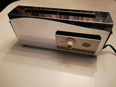 Sunbeam vintage Toaster 2 Slice Thinline Touch n Toast # AT-B Auto Lowering