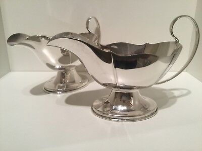 Good Quality Pair Solid Sterling Silver Sauce Boats Birmingham 1925