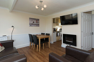 UK March April couples holiday let self catering Norfolk Broads Great Yarmouth