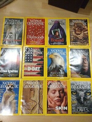 2002 National Geographic magazine bundle 12 issues plus 2 slipcases / holders