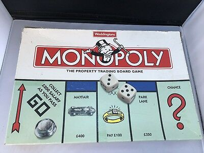 UK London Edition MONOPOLY Classic Property Trading Board Game 10 Metal Tokens