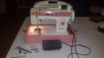Vintage Singer Merritt 2404 Sewing Machine with Case & Foot Pedal, Pink & White