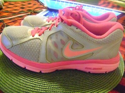 8412620c76703e NIKE DUAL FUSION ST3 Women s 8.5 Running Shoes Sneakers Trainers ...