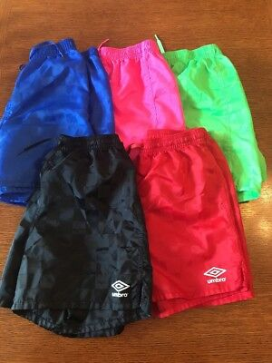 Unisex Umbro Black Soccer Shorts M Youth Checkered  blue, red