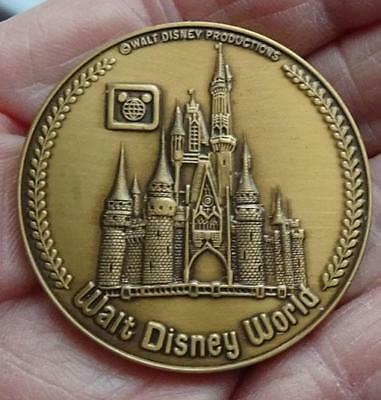Walt Disney World Park Castle Liberty Square Bronze Medal Coin In Display Case
