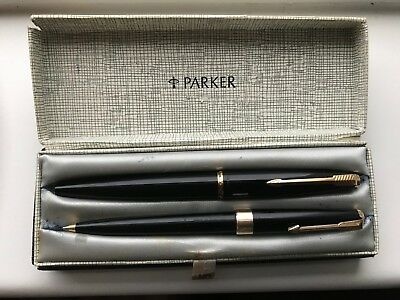 Vintage Black And Gold Plated Parker Fountain Pen & Ballpoint Boxed Pen Set