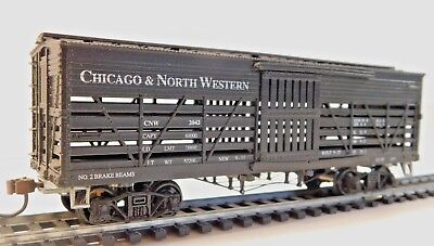 Roundhouse - 36' Wooden Old Time Stock Car - Chicago & North Western 2042 - HO