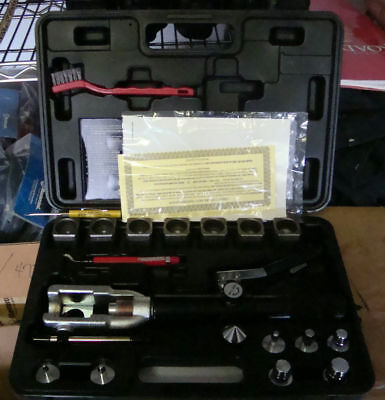 Mastercool 71700 Hydraulic Flaring and Swaging tool ¼ to 7/8