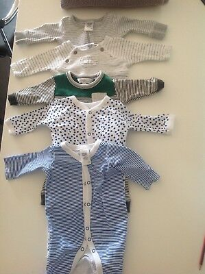 16 preowned 0000 baby boy clothes in great condition