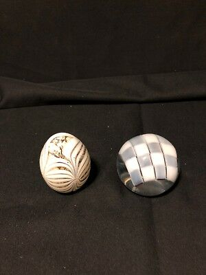 2 Art Glass Paperweight Unassigned