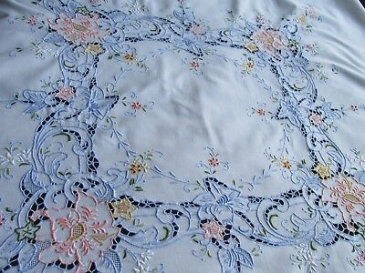 Vintage Hand Embroidered Madeira Style Tablecloth-BEAUTIFUL DETAIL THROUGHOUT