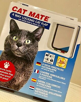 NEW Petmate 4 Way Locking Cat Flap With Liner in White 235W Catflap Mate From UK