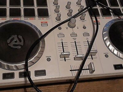 NUMARK MIXTRACK 3 All In One DJ Controller Virtually New
