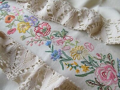 Vintage Hand Embroidered Tablecloth-BEAUTIFUL SEASONAL FLOWERS WITH LACE EDGING