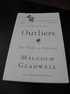 Malcolm Gladwell - Outliers: The Story of Success - Paperback