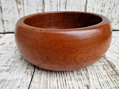 Small Vintage Wooden Fruit Bowl *