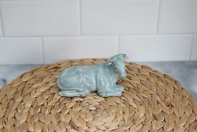 VintageAVON COLLECTIBLES 1994 SIGNED BRIEN GLAZED CHRISTMAS NATIVITY COW BULL