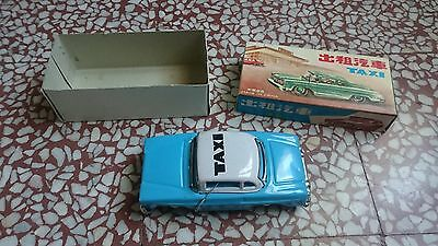 - Tin Toy Red Cina Taxi Mf 713 Friction  Vintage 70'S Rare Mib