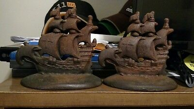 Pair Of Vintage Cast Iron Galleon Ship Bookends #901