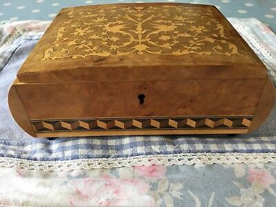 VINTAGE MARQUETRY TRINKET Jewellery BOX  Maple And Oak ART DECO with Hinged Lid