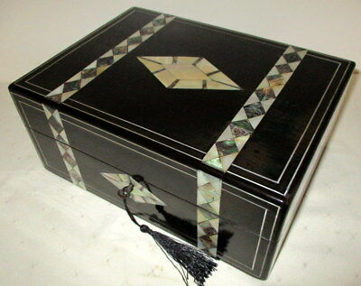 STUNNING VICTORIAN EBONISED WOOD/ MOP & ABALONE BOX with key