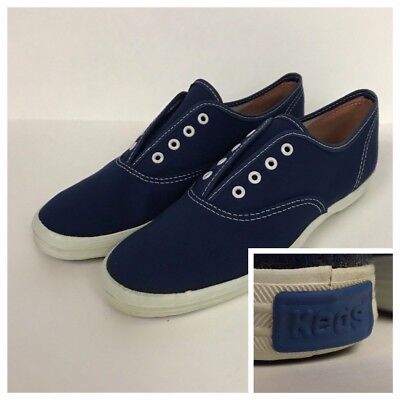 1980s Keds Shoes / Navy Blue Canvas Lace Up Tennis Shoes / Women's 6